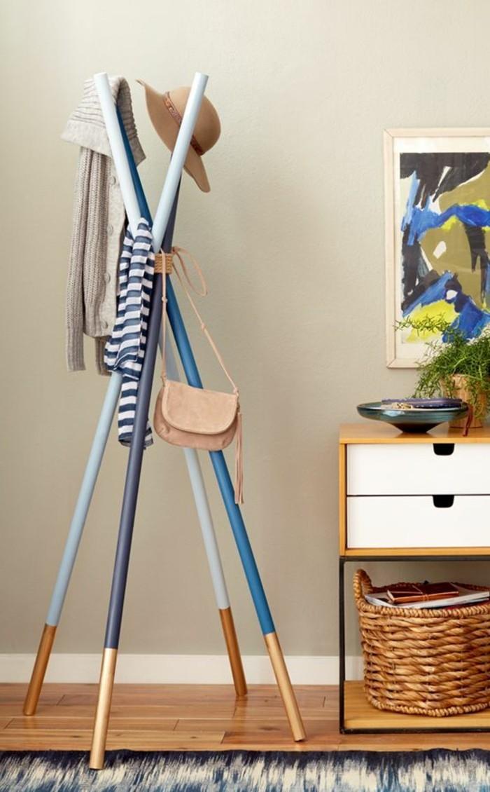 14-meuble-dentree-vestiaire-un-chevalet-multicolore