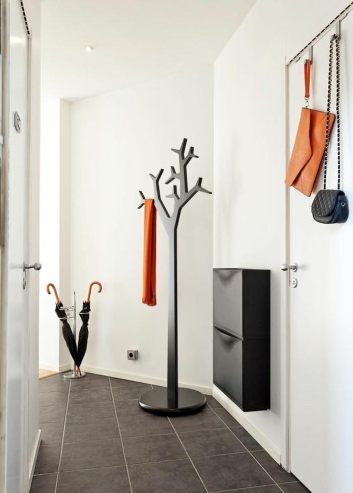 16-meuble-dentree-vestiaire-un-exemple-en-noir