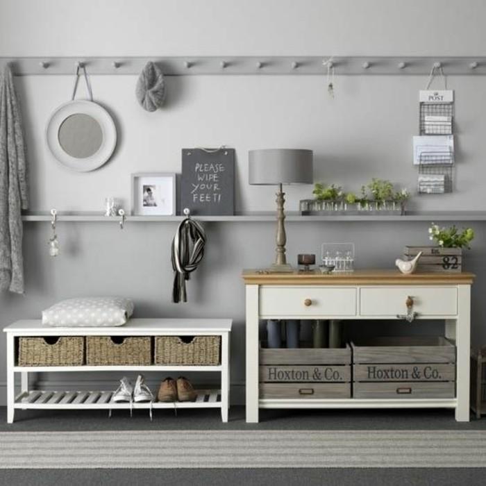 17-meuble-couloir-deux-bancs-de-rangement-sur-un-fond-gris