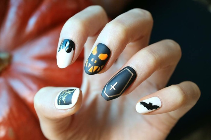 2-chouette-idee-adorable-deco-ongle-halloween-effrayante