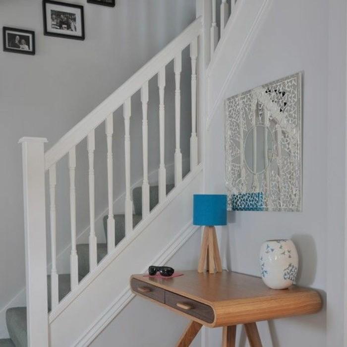 25-decoration-feng-shui-un-escalier-blanc