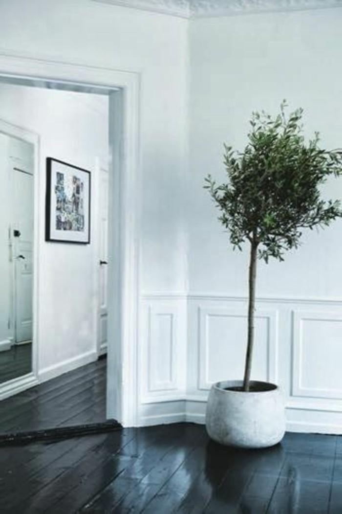 35-idee-deco-couloir-une-arbre-vert