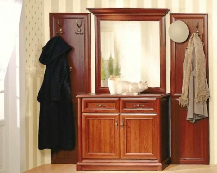 38-meuble-chaussure-deux-manteaux-suspendus-un-miroir
