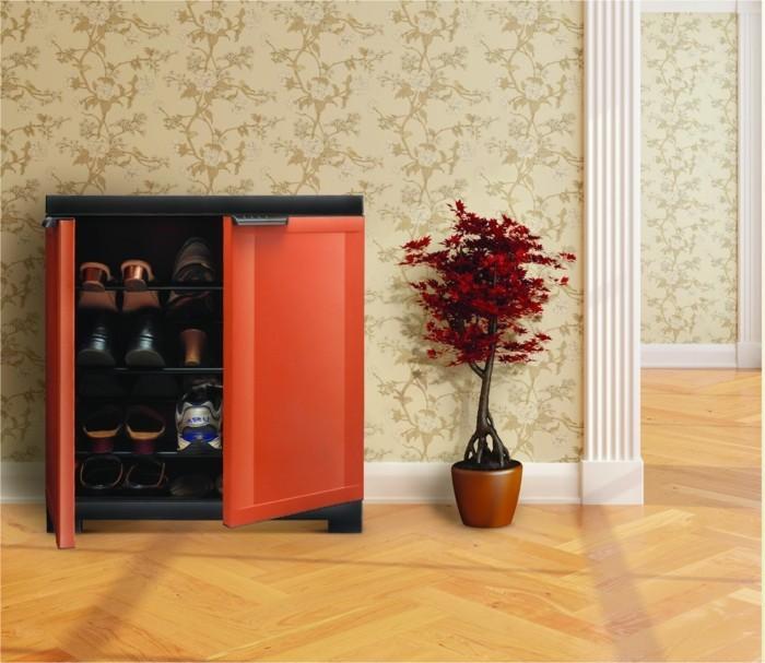 40-banc-chaussures-une-plante-rouge