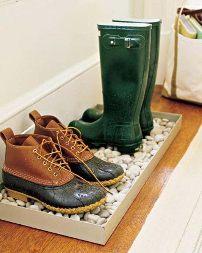 45-decoration-couloir-deux-paires-de-chaussures