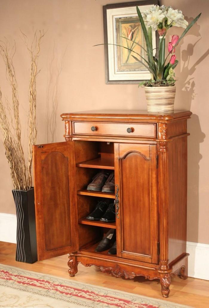 49-banc-chaussures-un-pot-avec-une-plante-blanche
