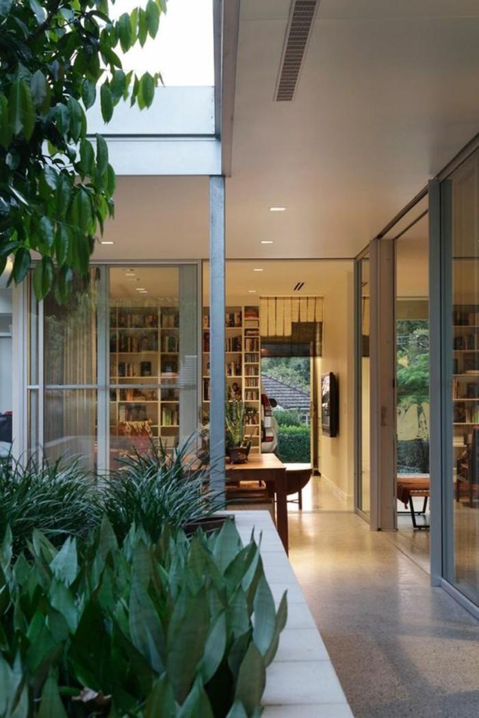 60-couloir-deco-des-plantes-vertes