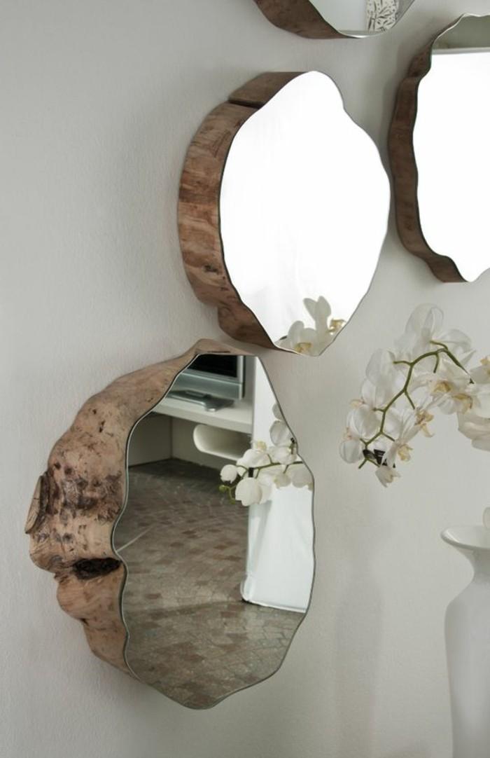 74-peindre-un-couloir-un-mur-gris-quelques-miroirs-et-une-orchidee