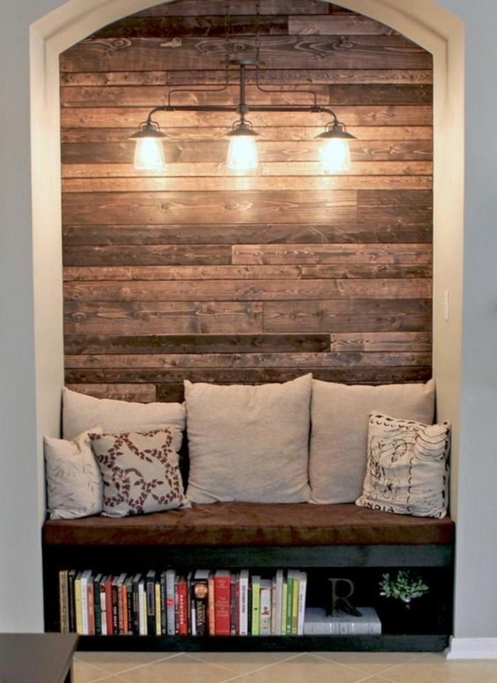 84-deco-couloir-etroit-eclairage-un-banc-en-bois-des-coussins-et-des-livres