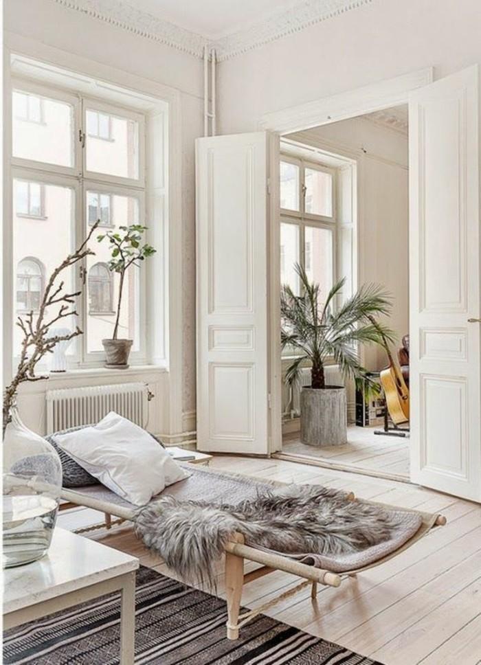 hamac-interieur-un-palmier