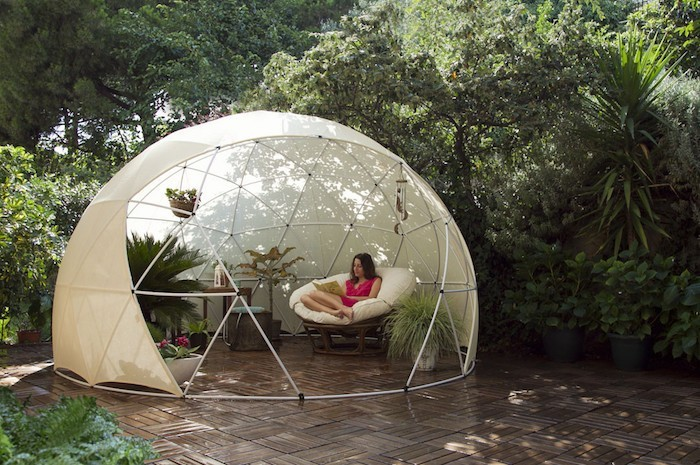 abris-de-jardin-design-bulle-igloo-diam-recyclable-metal