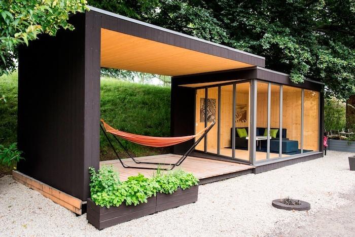 Le top des abris de jardin 45 id es design for Abri de jardin 10m2