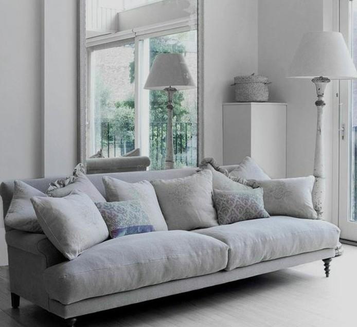 admirable-salon-gris-et-blanc-couleur-peinture-salon-blanc-canape-gris-vintage-ambiance-paisible