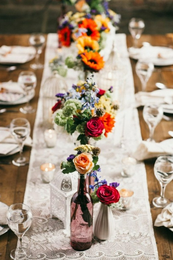 adorable-idee-mariage-boheme-chic-deco-mariagetable-lognue-joliement-decoree