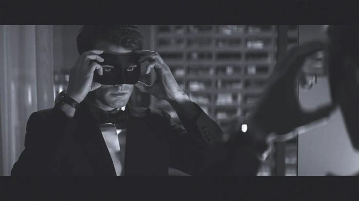 adorables-images-bal-masque-masque-venitien-homme-femme-idee-chouette-photographie-noir-et-blanc