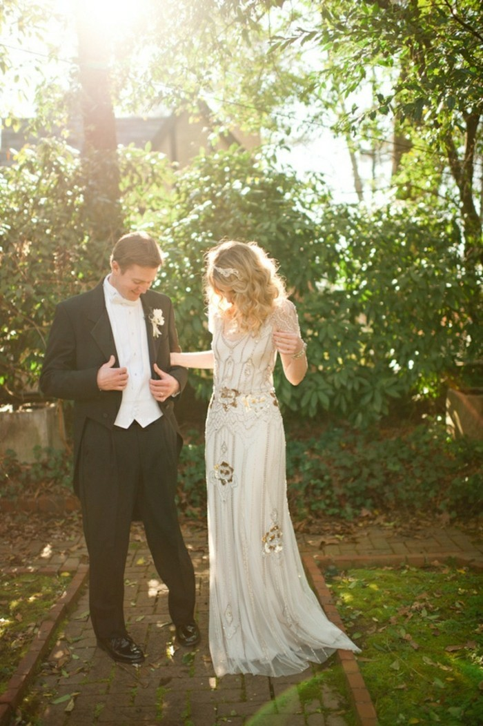 beaute-mariage-vintage-foret-robes-de-mariee-simples-et-chic-idee