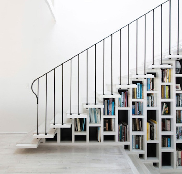bibliotheque-etagere-sous-escalier-design-blanc