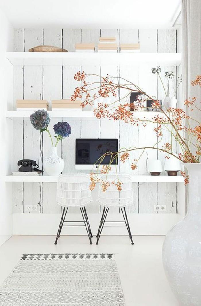 bureau-laque-blanc-etageres-blanches-et-bureau-suspendu