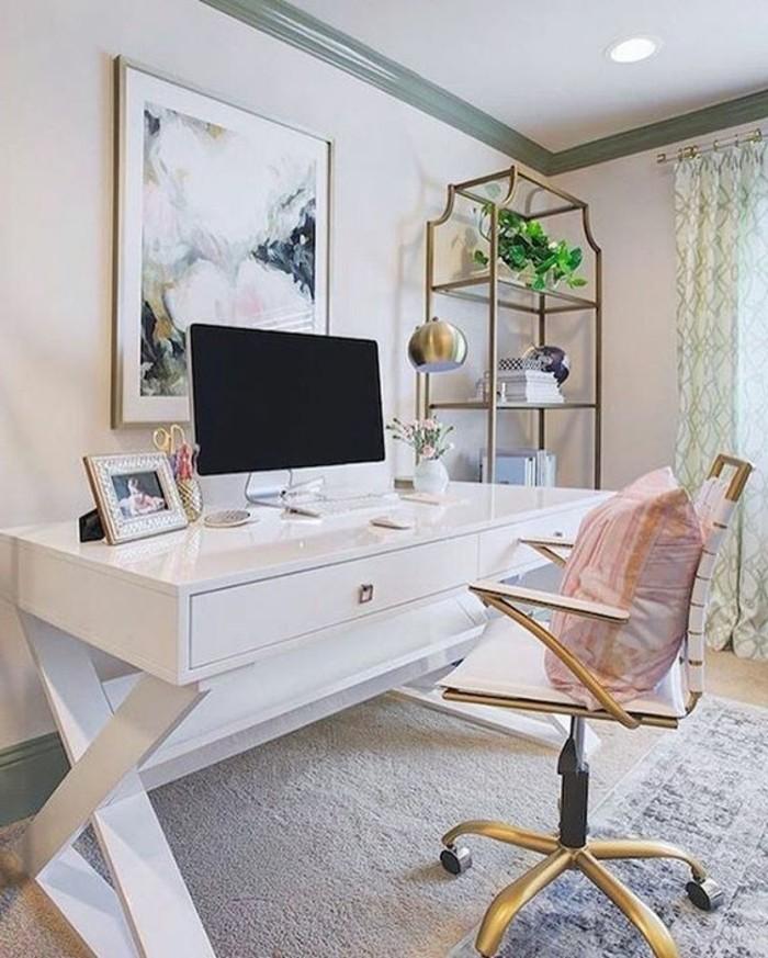 bureau-laque-blanc-chaise-pivotante-accents-metalliques