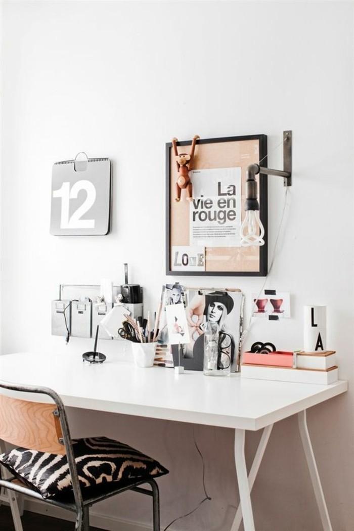 bureau-laque-blanc-coin-de-travail-original-lampe-style-industriel