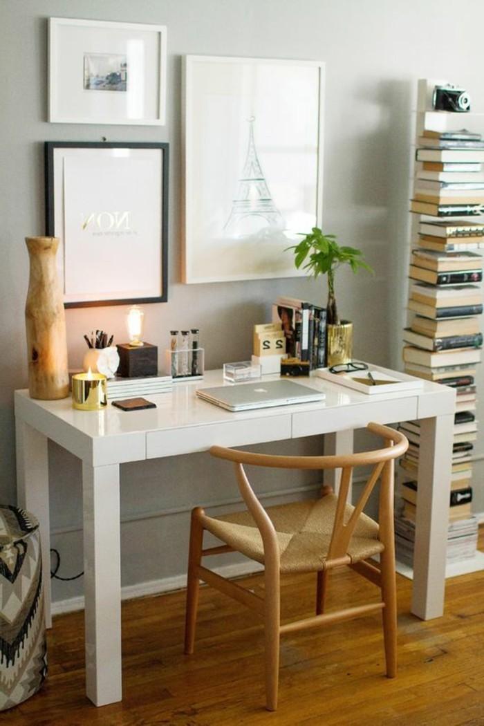 bureau-laque-blanc-et-chaise-en-bois-amenagement-bureau-chez-soi