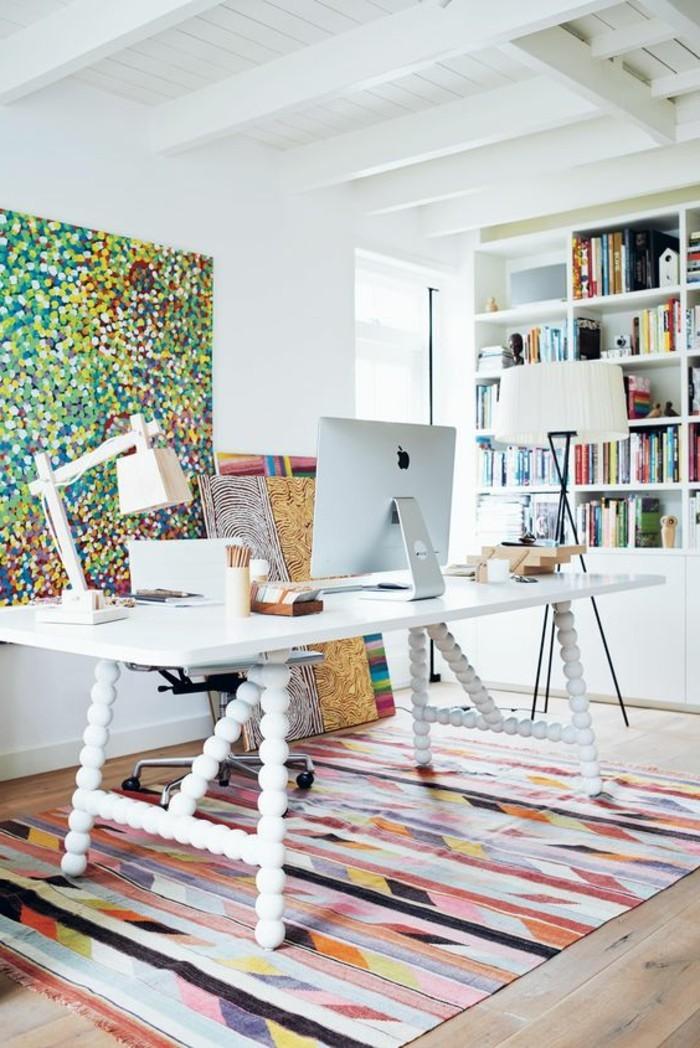 bureau-laque-blanc-grand-bureau-blanc-tapis-colore