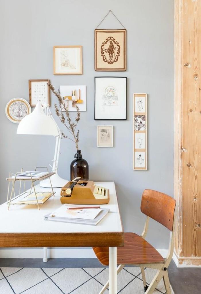 bureau-laque-blanc-tapis-bleu-geometrique