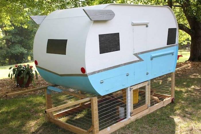 caravane-jardin-poulailler-design