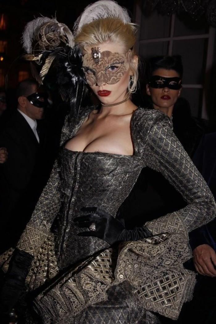 carnaval-deguisement-carnaval-idee-originale-magnifique-robe