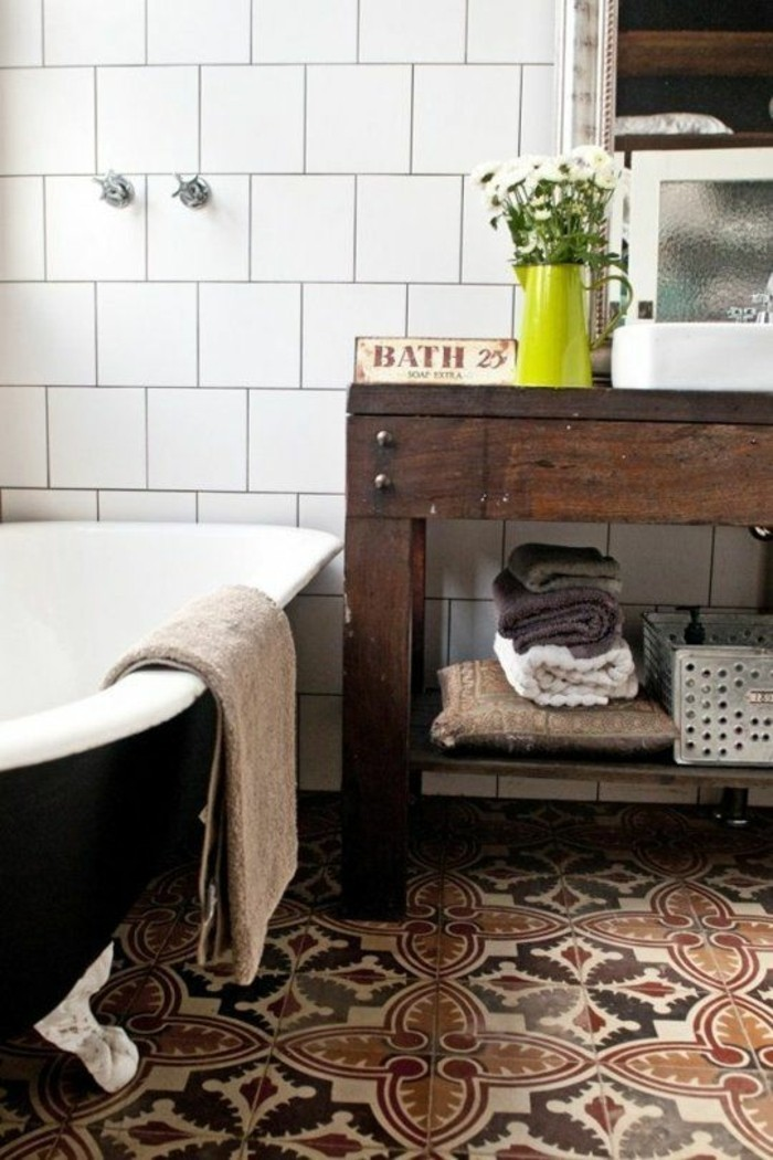 Comment d corer avec le carrelage ancien 62 photos pour - Lavabo salle de bain style ancien ...