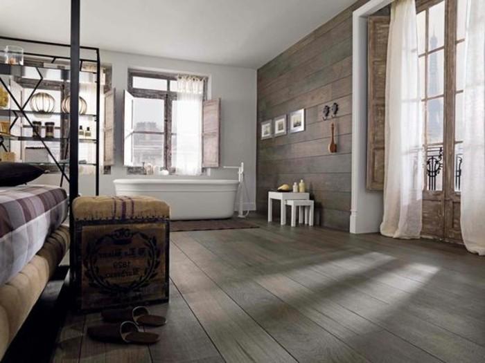 carrelage-aspect-bois-interieur-extravagant-chambre-et-baignoire