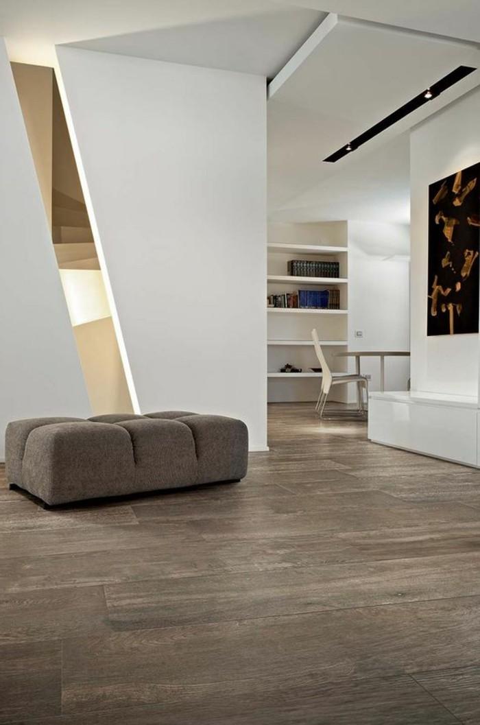 carrelage-aspect-bois-nuance-gris-et-equipement-moderne