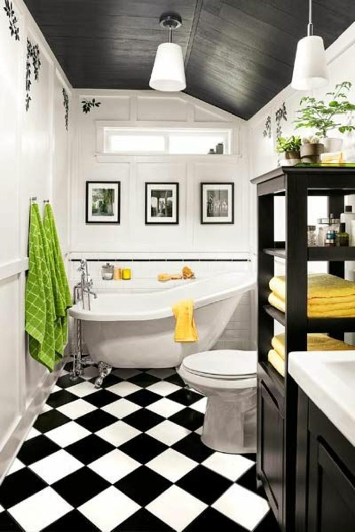 carrelage-damier-noir-et-blanc-baignoire-blanche-et-noire