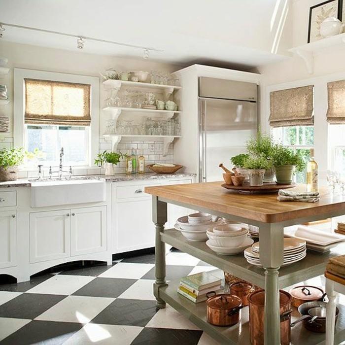 carrelage-damier-noir-et-blanc-carellage-mural-blanc-comptoir-de-travail