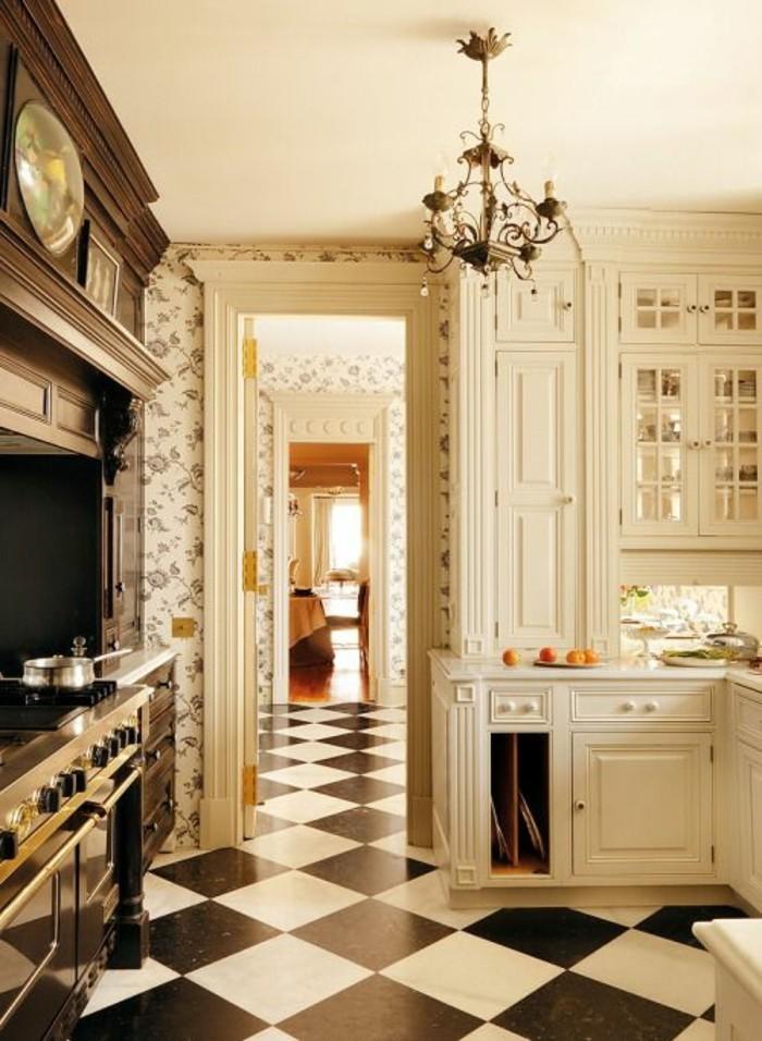carrelage-damier-noir-et-blanc-carreaux-damier-lustre-baroque