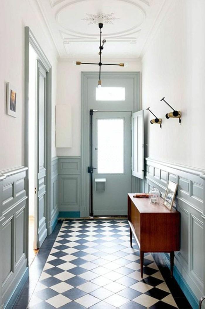 carrelage-damier-noir-et-blanc-commode-bois-vintage