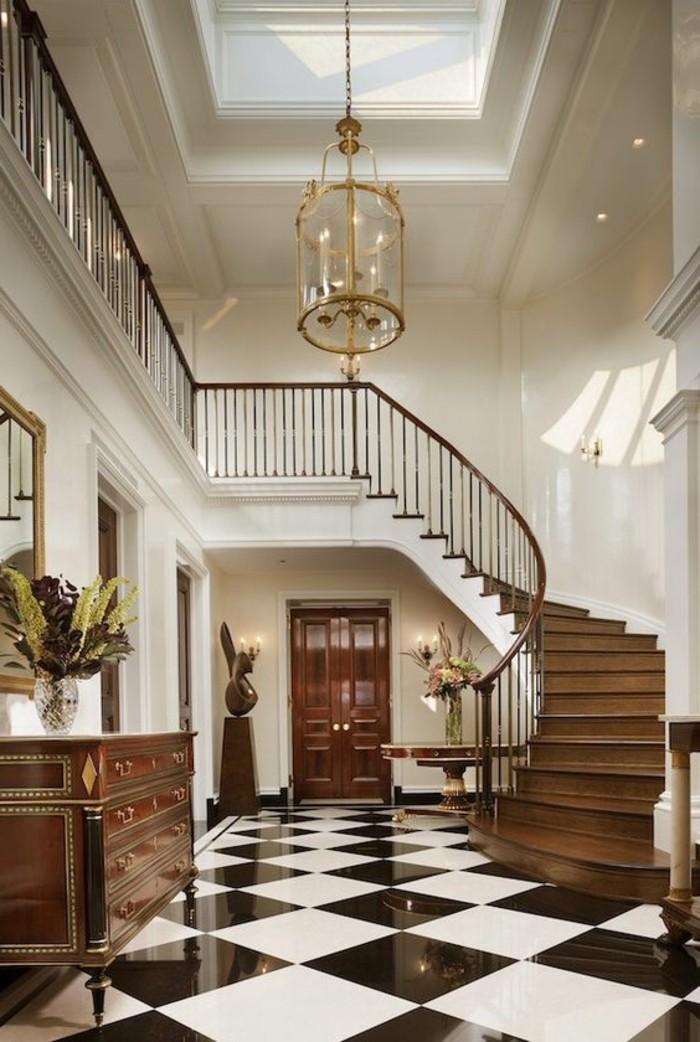 carrelage-damier-noir-et-blanc-damier-noir-et-blanc-et-grand-escalier-tournant