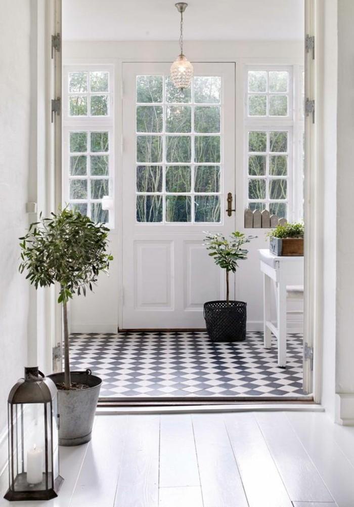 carrelage-damier-noir-et-blanc-entree-carrelage-retro-style