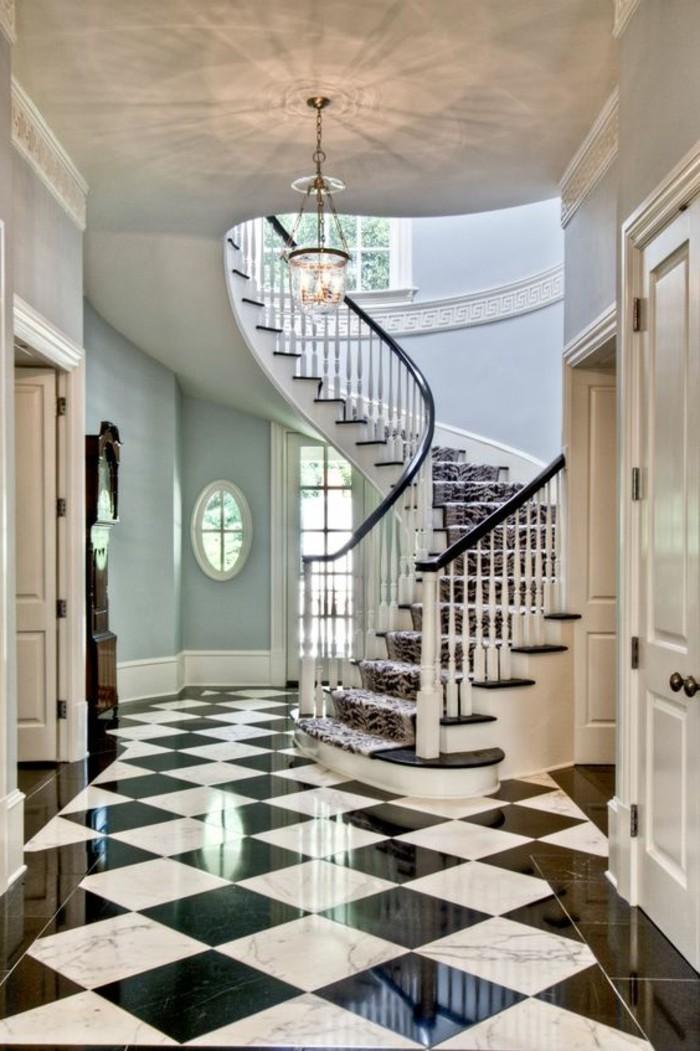 carrelage-damier-noir-et-blanc-grand-escalier-tournant