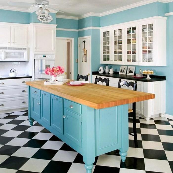 carrelage-damier-noir-et-blanc-ilot-de-cuisine-bleu