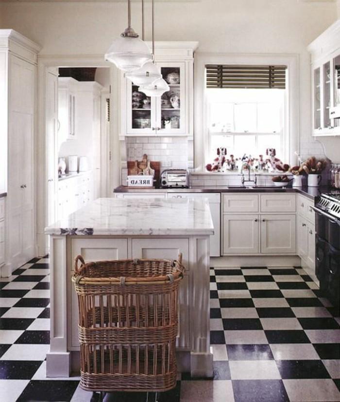 carrelage-damier-noir-et-blanc-pose-de-carrelage-en-damier-pour-cuisine