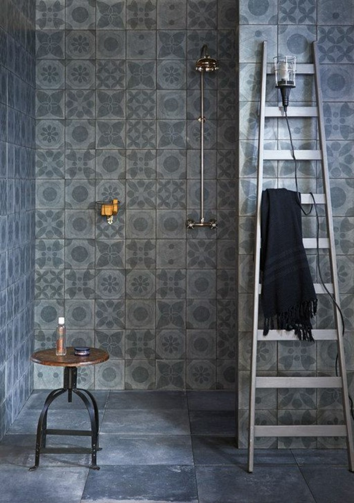 Le carrelage effet b ton en 55 photos inspirantes for Carrelage grand carreau salle de bain