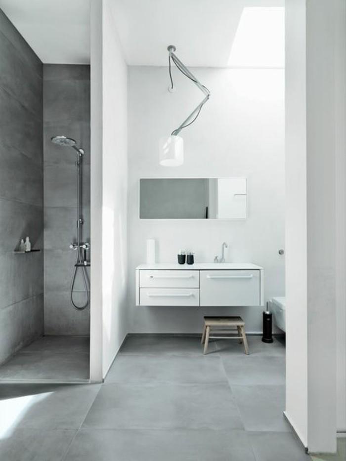 Le carrelage effet b ton en 55 photos inspirantes - Peinture salle de bain gris ...