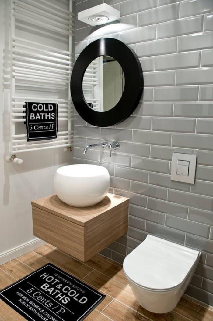 59 salles de bain chic qui vous montrent le beaut du carrelage gris for Photos de toilettes design