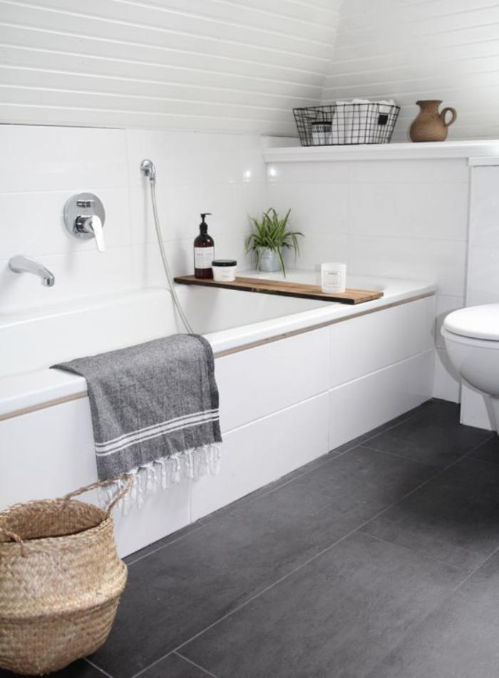 59 salles de bain chic qui vous montrent le beauté du carrelage ... - Salle De Bain Carrelage Gris