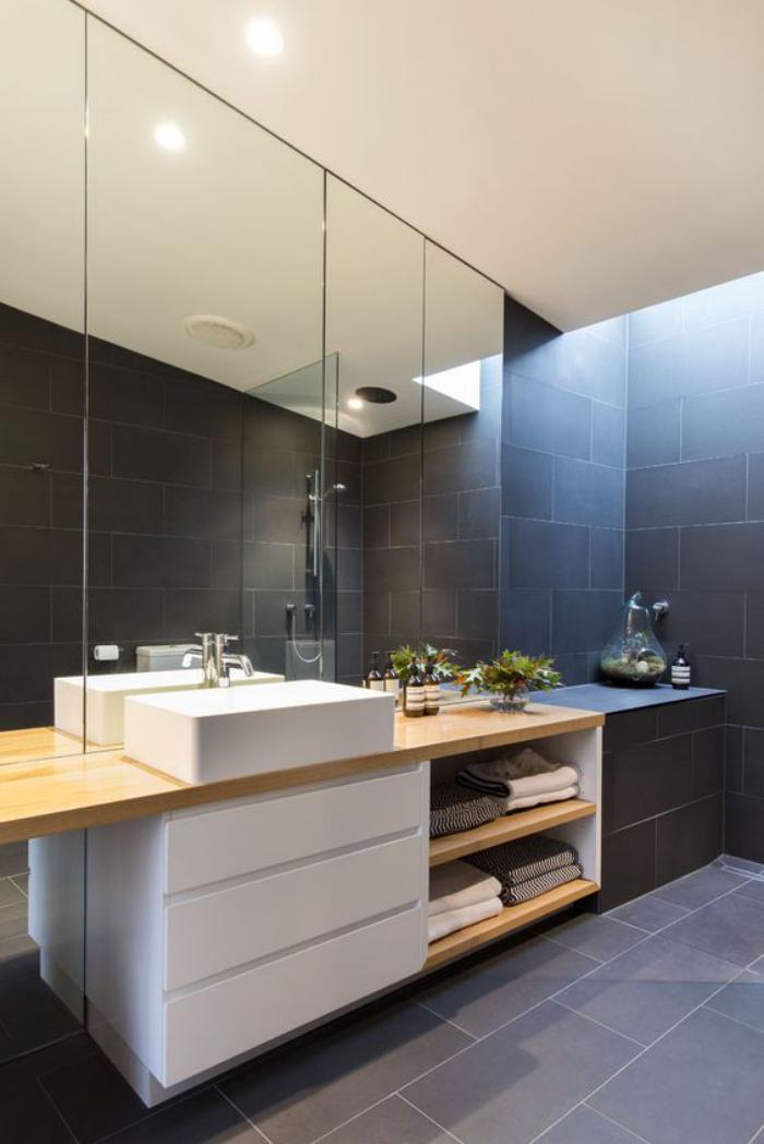 59 salles de bain chic qui vous montrent le beaut du carrelage gris archzi - Salle de bain blanc et bois ...