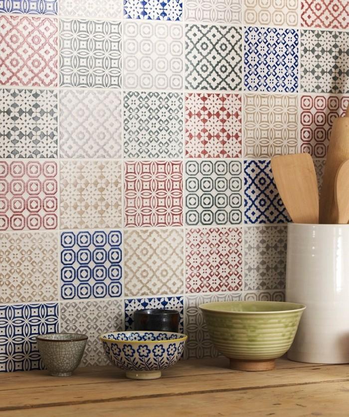 carrelage-patchwork-mural-carreaux-de-ciment-crédence