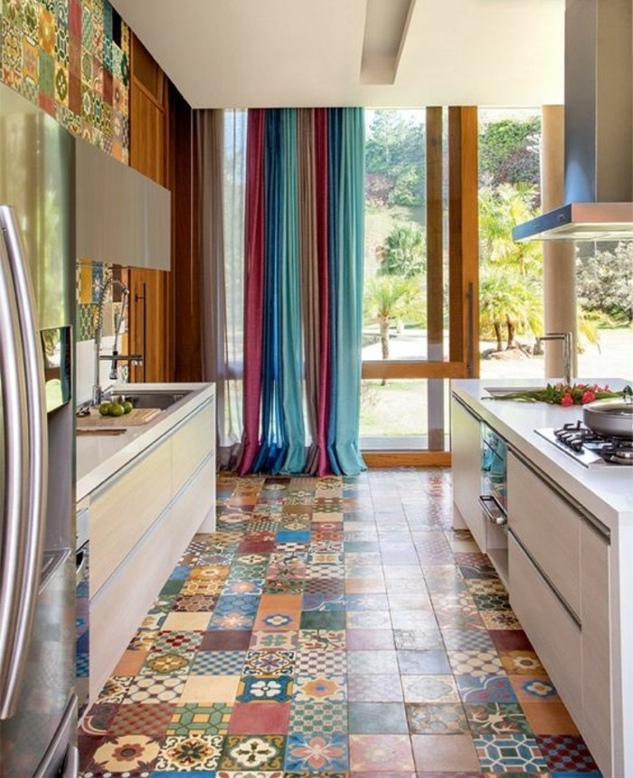 Comment adopter le carrelage patchwork son int rieur - Credence imitation carrelage ...