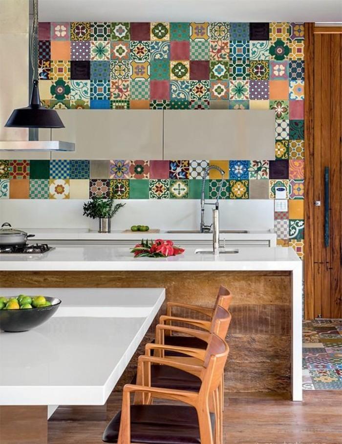 carrelage-patchwork-cuisine-bois-et-blanc-design