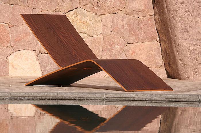 Transat jardin 43 id es pour un bain de soleil a vous dit - Transat piscine design ...